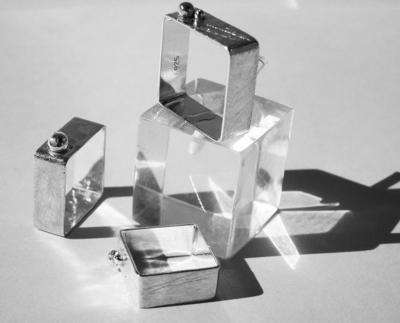 Contemporary SQUARE Sterling Silver Ring by milmetales