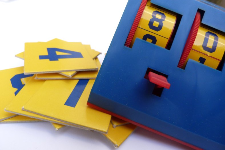 Vintage Number Game de StupidFlamingo
