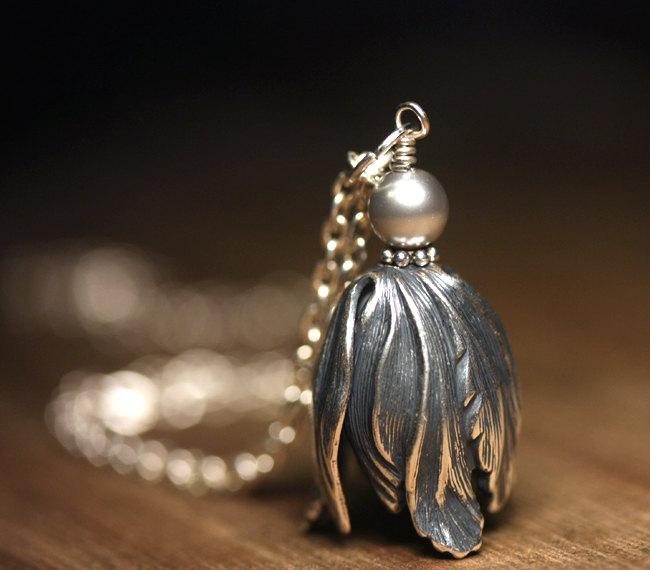 Silver Tulip Necklace by lamaisondefloria