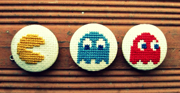 Pacman Embroidered Collection por  Parafinazul